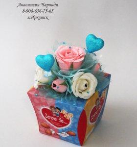 Букеты из конфет, игрушек и сладостей.