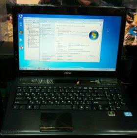 Ноутбук MSI Core i3