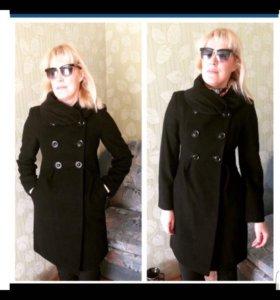 Продам пальто черного цвета!классика!