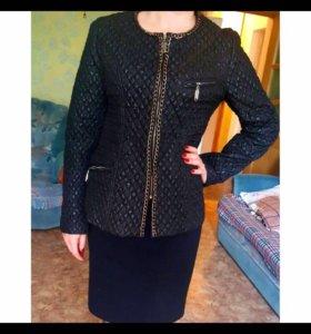 Продам куртку черного цвета.весна/осень!