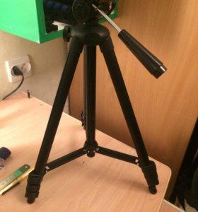 Фото/видео штатив (без насадки для камеры)
