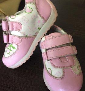 Обувь на девочку, весна