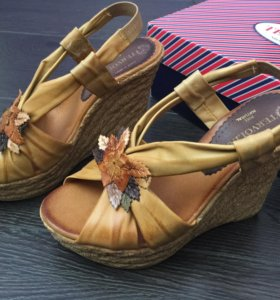 Кожаные сандалии Tervolina как новые босоножки