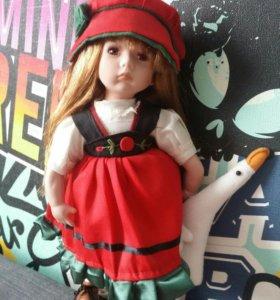 Фарфоровая кукла 8