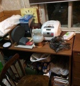 Письменный стол и тумба