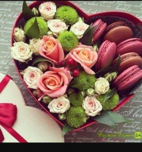 Цветы, макаруны ,подарочная коробка