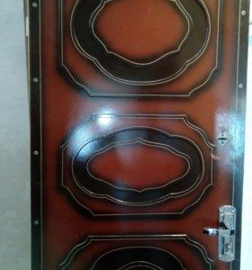 Металлическая дверь б/у