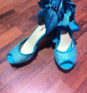 Босоножки/обувь
