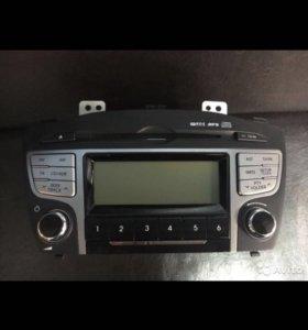Штатная магнитола на Hyundai ix35