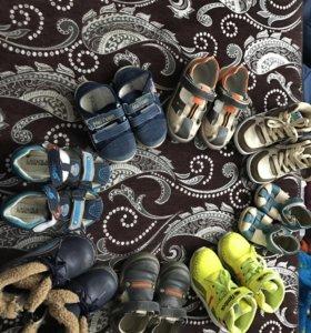 Обувь на мальчикп