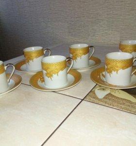 Кофейные кружки с блюдцами
