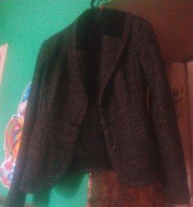 Женский тёплый пиджак