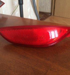 Задний правый светоотражатель для солярис седан