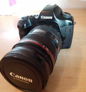 Фотоаппарат canon EOS 5 D + Объектив