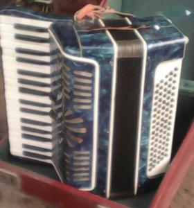 Акордеон Акорд в чемодане