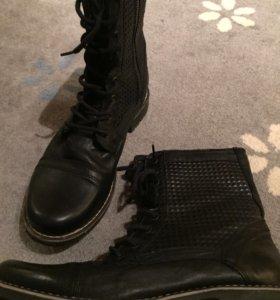 Ботинки 44-45