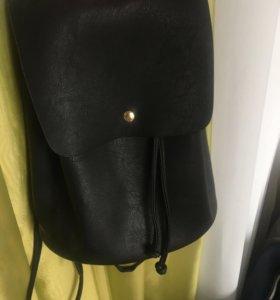 Черный рюкзачок H&M