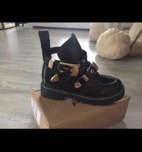 Ботинки Bolenciaga