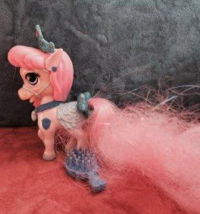 Лошадка с расчёской