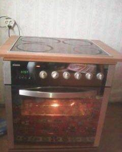 Духовой шкаф ханса со встроенной плитой.