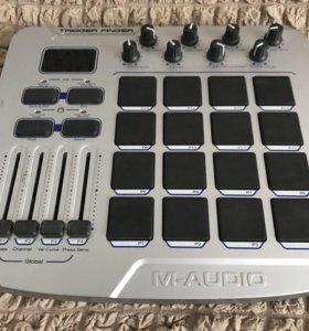 Пад-контроллер M-Audio Trigger Finger