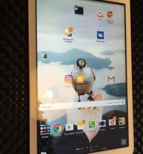 """Samsung Galaxy Tab E 9.6"""" 8Gb 3G"""