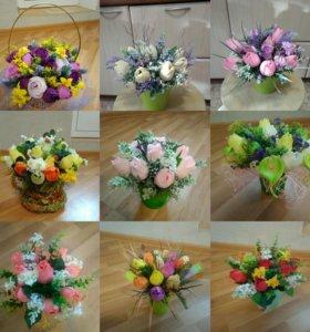 Цветы и корзины из конфет и чая