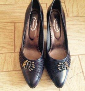 Новые жен. Туфли 41 размер