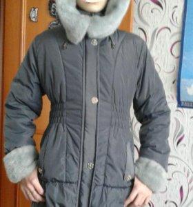 Зимнее пальто на девочку 10-12 лет