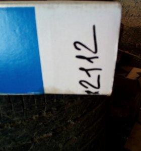 Радиатор на ваз 2112.