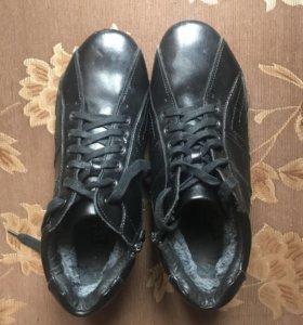Мужские кожаные ботинки с мехом