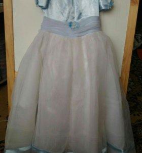 116 Нарядное длинное платье.