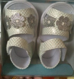 Туфли босоножки новые, размер 19