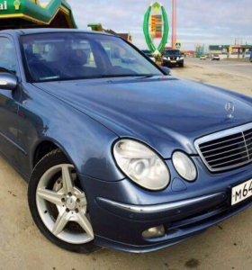 Mercedes-Benz E500 W211 5.0