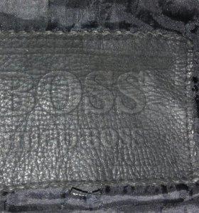 Кожаная куртка BOSS  HUGA BOSS б/у