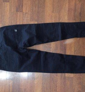 Новые брюки, размер 40-42, можно на подростка