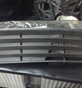 Новые решетки в бампер Audi A4