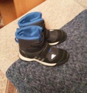 Ботинки фирменные adidas