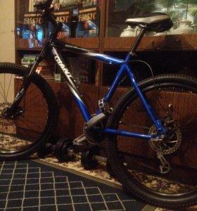 Спортивный велосипед GIANT