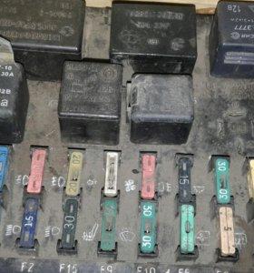 Блок придохронителей:Ваз-2110-12