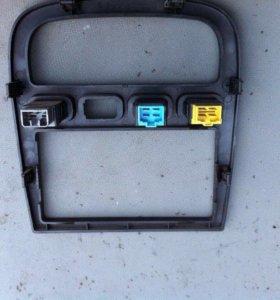 Передняя консоль с кнопками