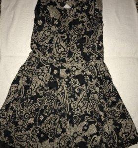 Платье размер Л . Маломерит