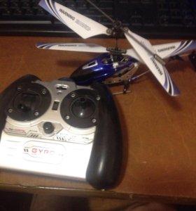 Продам радиоуправляемый вертолёт