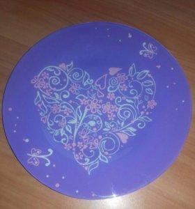 Декоративная тарелка с ручной росписью