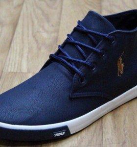 Новые мужские кроссовки