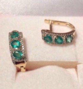 Серьги и кольцо с изумрудами и брилиантами