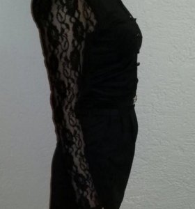 Продам женское чёрное платье !