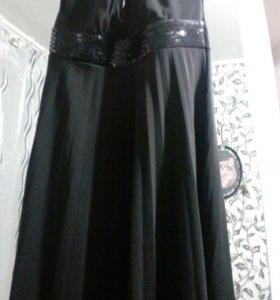 Платье L-XL