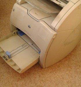 Продается принтер hp laser jet 1220