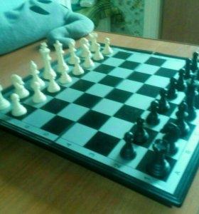 Шахматы+шашки+нарды в комплекте!